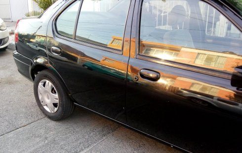 Ford Ikon Negro 2005