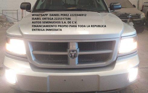 Dakota doble cabina AUT 2012 Puebla
