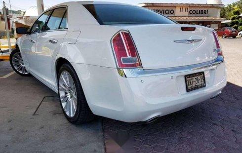 SHOCK!! Un excelente Chrysler 300 2013, contacta para ser su dueño