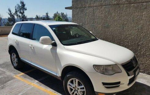 Pongo a la venta cuanto antes posible un Volkswagen Touareg en excelente condicción