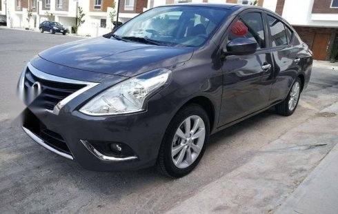 Nissan Versa 2017 impecable