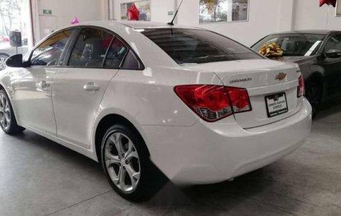 Un Chevrolet Cruze 2010 impecable te está esperando