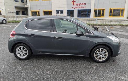 Peugeot 208 1,2 VTi 82hk 2013, 46 000 km