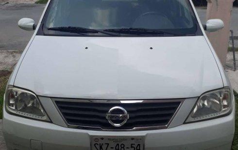 Carro Nissan Aprio 2008 de único propietario en buen estado