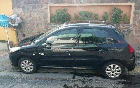 Llámame inmediatamente para poseer excelente un Peugeot 207 2011 Manual