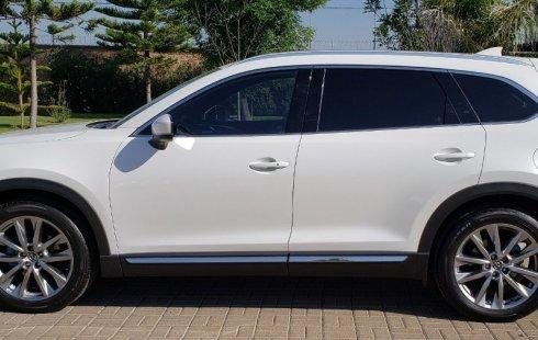 Pongo a la venta un Mazda CX-9 en excelente condicción