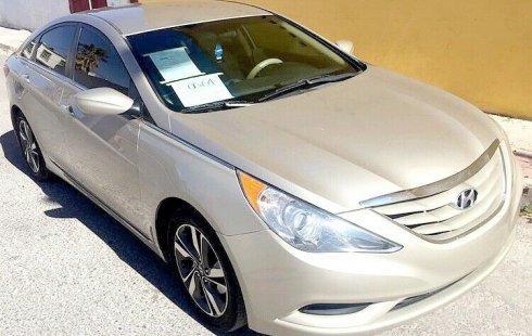 Un Hyundai Sonata 2011 impecable te está esperando