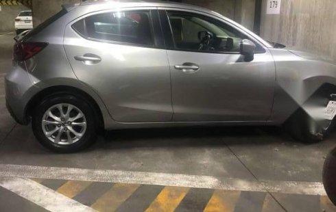 Quiero vender inmediatamente mi auto Mazda 2 2016