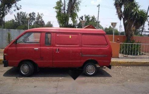 Un carro Nissan Ichi van 1992 en Gustavo A. Madero