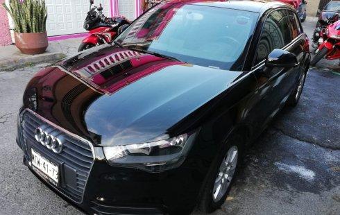 Carro Audi A1 2015 de único propietario en buen estado
