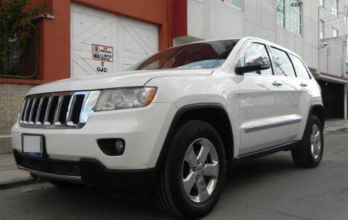 Urge!! En venta carro Jeep Grand Cherokee 2012 de único propietario en excelente estado