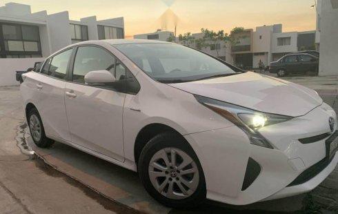Quiero vender urgentemente mi auto Toyota Prius 2017 muy bien estado
