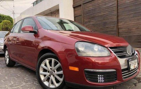 Quiero vender urgentemente mi auto Volkswagen Bora 2010 muy bien estado