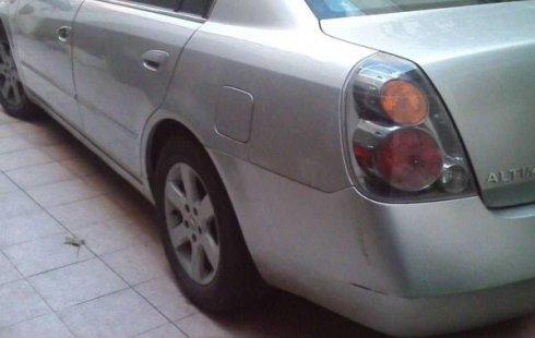 Quiero vender inmediatamente mi auto Nissan Altima 2003