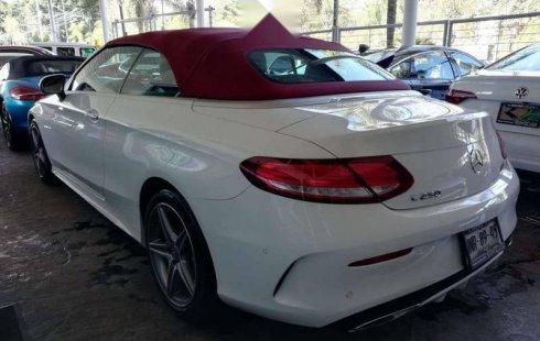 En venta un Mercedes-Benz Clase C 2017 Automático muy bien cuidado