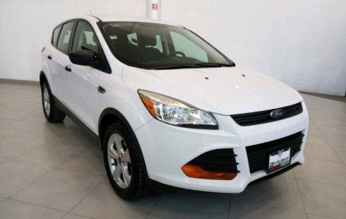 Tengo que vender mi querido Ford Escape 2014 en muy buena condición