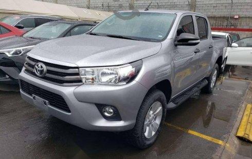 Quiero vender un Toyota Hilux en buena condicción