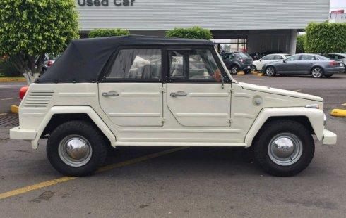 Un carro GMC Safari 1972 en Jalisco