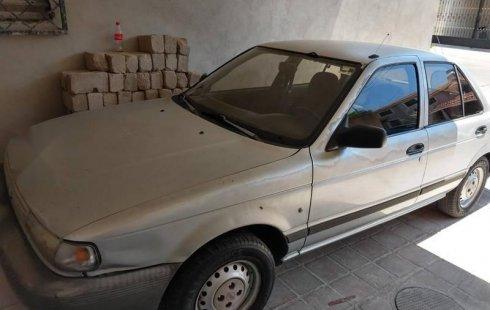 Un Nissan Tsuru 1995 impecable te está esperando