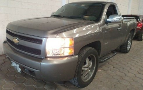 Quiero vender inmediatamente mi auto Chevrolet Silverado 2008