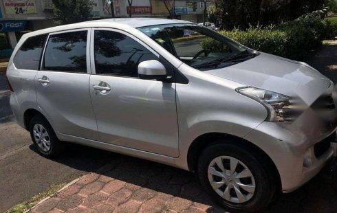 Quiero vender urgentemente mi auto Toyota Avanza 2014 muy bien estado