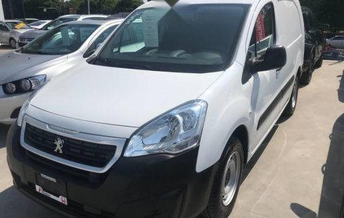 Peugeot Partner 2019 impecable