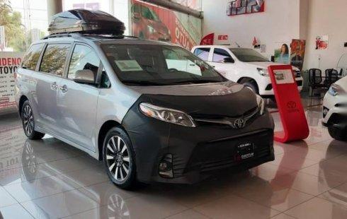 Toyota Sienna impecable en Cuautitlán Izcalli