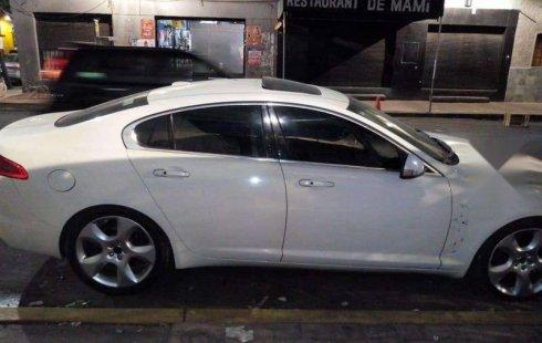 Quiero vender un Jaguar XF en buena condicción