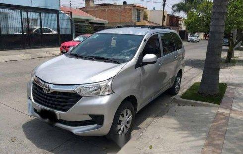 Toyota Avanza impecable en Guadalajara