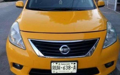 Tengo que vender mi querido Nissan Versa 2014 en muy buena condición