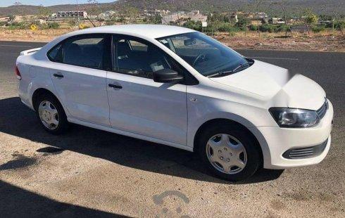 Vendo un Volkswagen Vento por cuestiones económicas