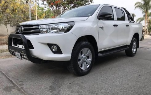 Toyota Hilux 2016 barato en Zapopan