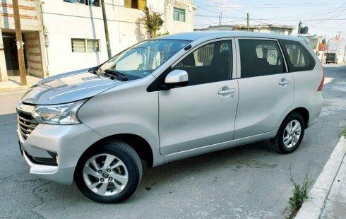 Vendo un Toyota Avanza por cuestiones económicas