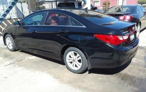 Quiero vender inmediatamente mi auto Hyundai Sonata 2011 muy bien cuidado