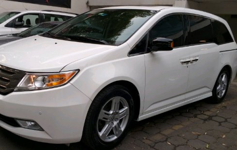 Un carro Honda Odyssey 2013 en Ciudad de México