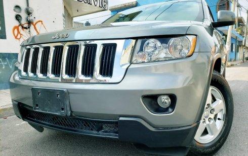 Vendo un Jeep Grand Cherokee en exelente estado