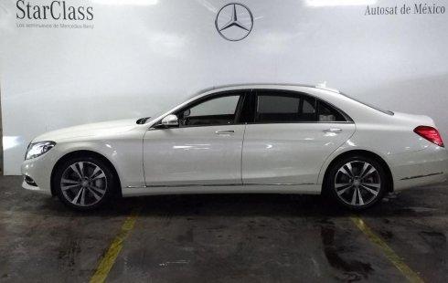 Me veo obligado vender mi carro Mercedes-Benz Clase S 2014 por cuestiones económicas
