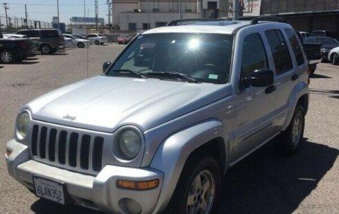 Vendo un Jeep Liberty impecable