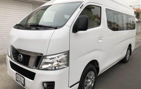 Pongo a la venta cuanto antes posible un Nissan Urvan en excelente condicción a un precio increíblemente barato