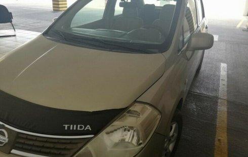 Me veo obligado vender mi carro Nissan Tiida 2008 por cuestiones económicas