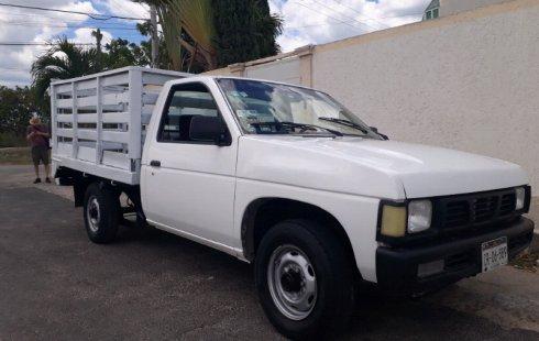 Nissan Estacas impecable en Yucatán más barato imposible