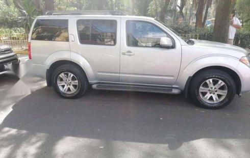 Pongo a la venta cuanto antes posible un Nissan Pathfinder en excelente condicción