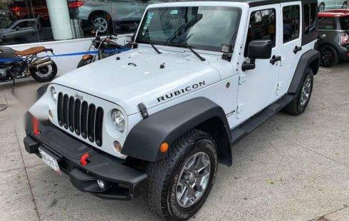 Pongo a la venta un Jeep Wrangler en excelente condicción