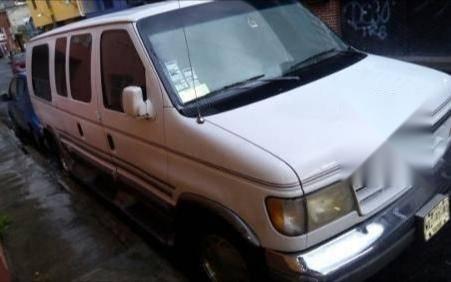 Precio de Ford Econoline 1993