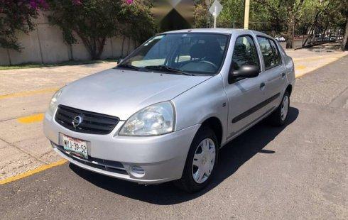 Precio de Nissan Platina 2010