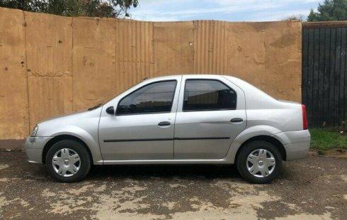 En venta un Nissan Aprio 2010 Automático en excelente condición