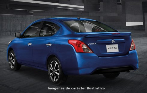 Quiero vender un Nissan Versa en buena condicción