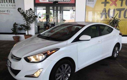 Quiero vender urgentemente mi auto Hyundai Elantra 2016 muy bien estado