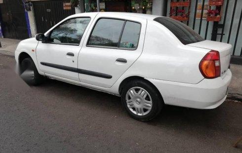 Tengo que vender mi querido Nissan Platina 2010 en muy buena condición