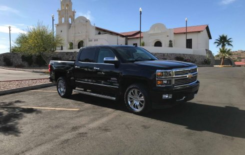 Chevrolet Cheyenne High Country 4*4 2015